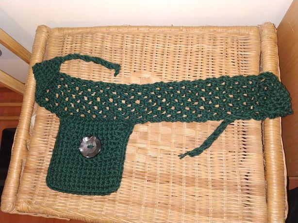 Bolsa cintura verde escura de lã