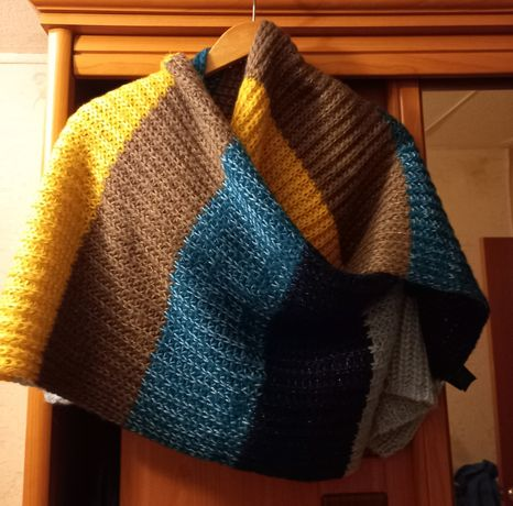 Новый женский теплый шарф