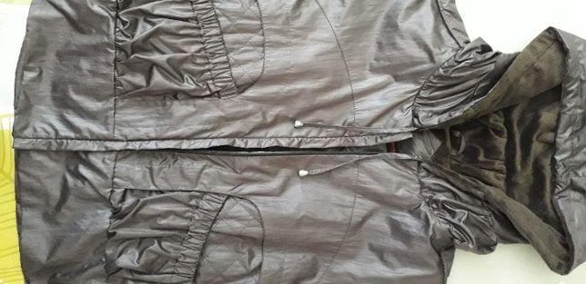 Продам стильную женскую удлинённую осенне-весеннюю куртку