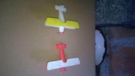 prl-zabawka samoloty