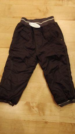 Теплые фирменные брюки на мальчика. Фирма Next. Рост 92 см