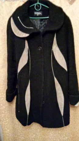 Пальто зимове,52 р.