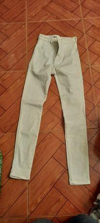 Calças de cor  brancas