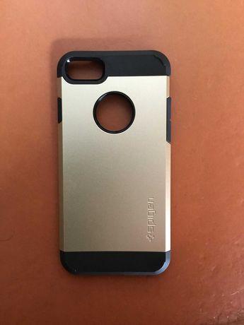 Capa Spigen Gold para iPhone 7 / 8 (NOVO)