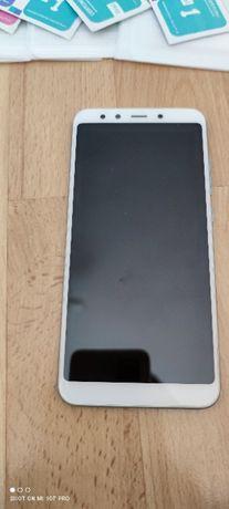 Super telefon MI A2 z dużą ilością GRATISÓW