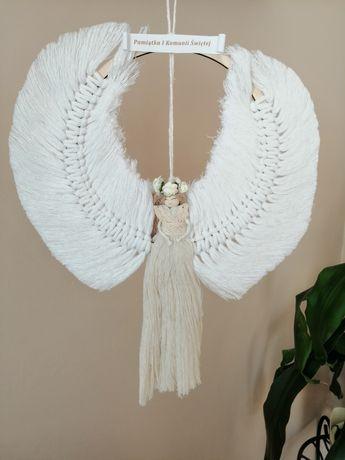 Anioł- pamiątka komunijna, chrzest, bierzmowanie, ślub, dzień matki