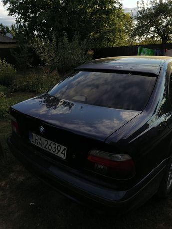 Продам запчасти на  BMW e39