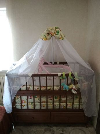 Детская кроватка из дерева с люлькой. Кроватка из дуба!