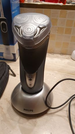Maszynka do golenia Philips HQ8250