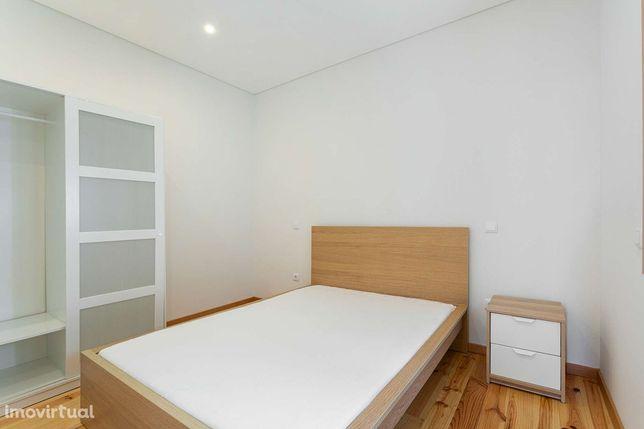 Apartamento T1 mobilado, perto do metro Sto. Ovídio, Gaia