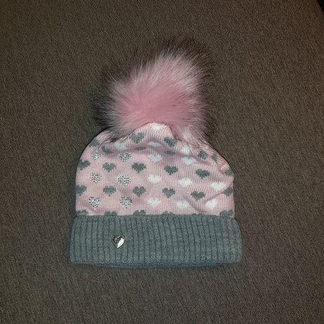 Продам новую шапку для девочки