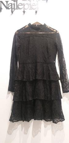 Sukienka z koronki firmy Top Secret rozmiar 38