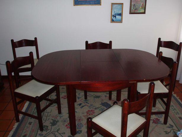 Mesa de sala com 6 cadeiras (interforma)