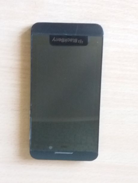 Запчасти или востоновление Blackberry Z10, Philips S388