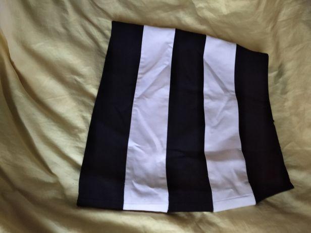 Спідниця чорно-біла