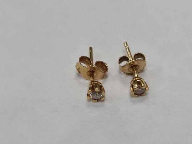 Delikatne złote kolczyki damskie/ 585/ 0.77 gram/ 2x 0.1 CT Brylant
