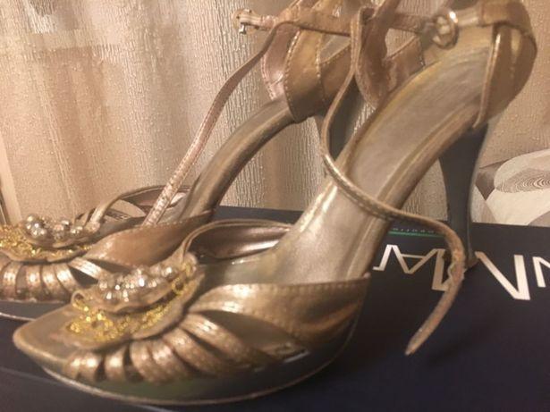 Туфли золотые Италия