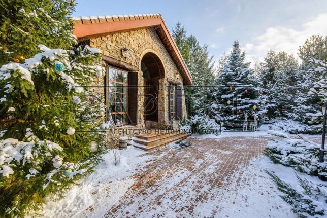 Продажа дома 555м2 в Лебедевке