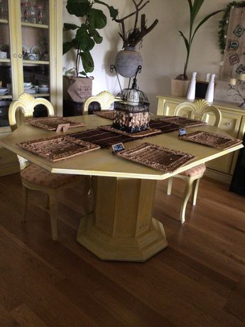 Mesa de jantar octagonal