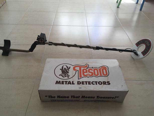 Tesoro Outlaw Detector de Metais