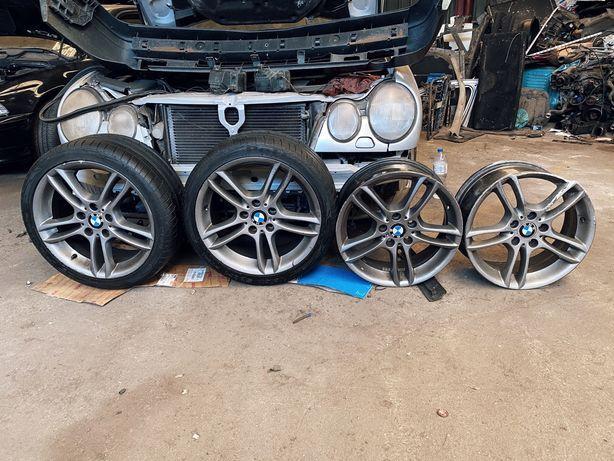4 Jantes 18 BMW + 2 Pneus