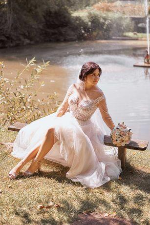 Продається весільна сукня Bridal Fashion в кольорі капучіно.