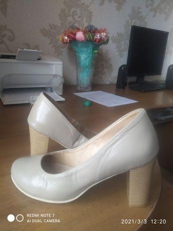 Новые кожаные туфли!