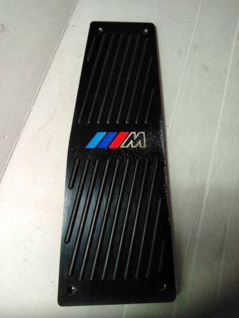 Pousa  pés BMW M
