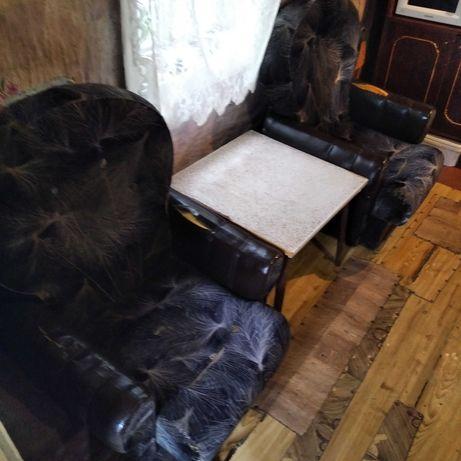 Крісло мягке 2 шт 200 грн
