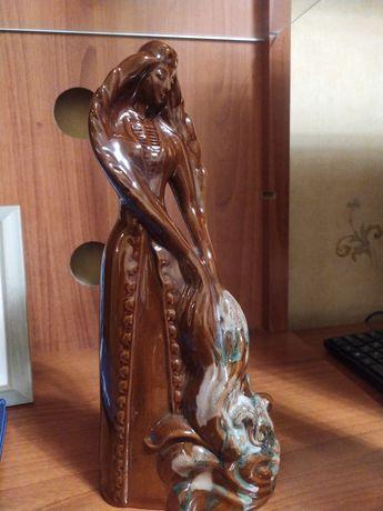 Статуэтка из керамики