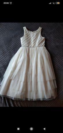 Sukienka rozmiar 134