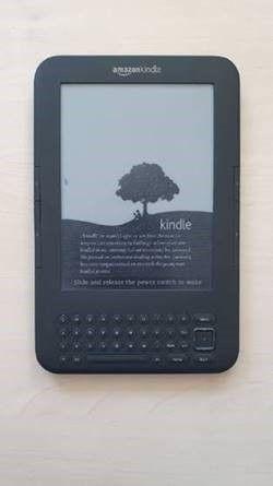Электронная книга Kindle 3 Keyboard WI-FI
