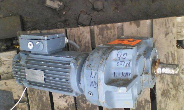 Мотор-редуктор 1,1 KW. - 40 об/хв.