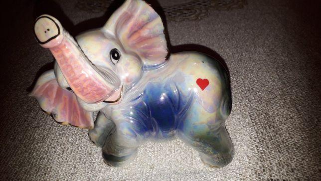 Słoń ceramiczny z serduszkiem