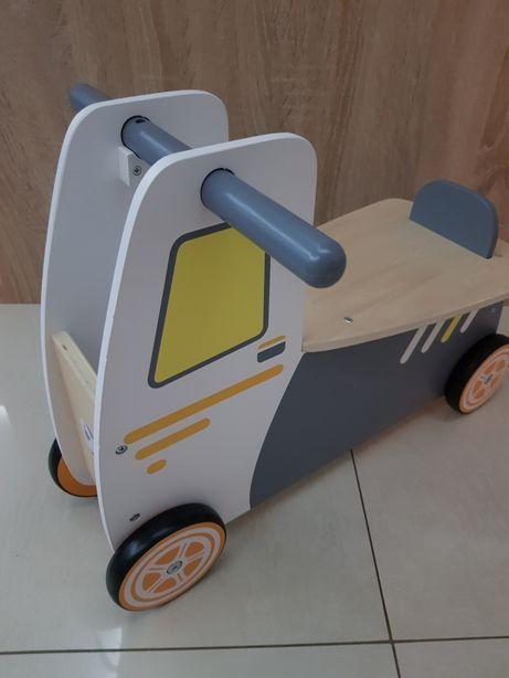 Drewniane jeździk autko