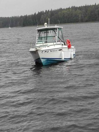 Jacht motorowy SEASWIRL STRIPER 210