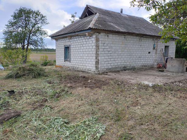 Продам дом под дачу или жильё в с. Гречаное.