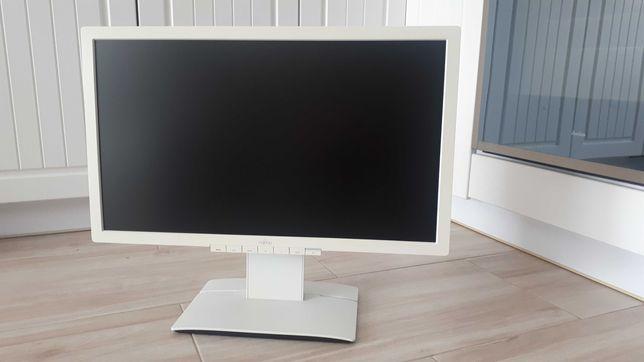 Komputer i5 + monitor 23 cale GF GTX 750 8 GB RAM 1 TB HDD Blu Ray