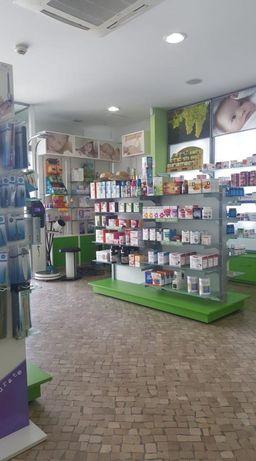 Vende-se Parafarmácia com Gabinetes de Consultas & Ginasio!