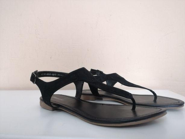 Sandały rozmiar: 38
