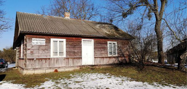 Wiejski dom z bala z działką