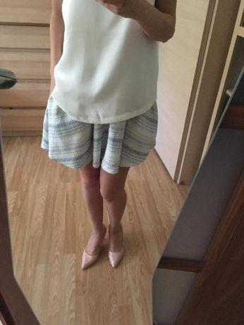 Modna spódniczka rozkloszowana kolory pastelowe z kieszeniami XS/S