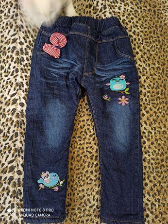 Зимові джинси на дівчинку. Як нові. Теплющі!
