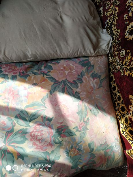 Продам подушкі