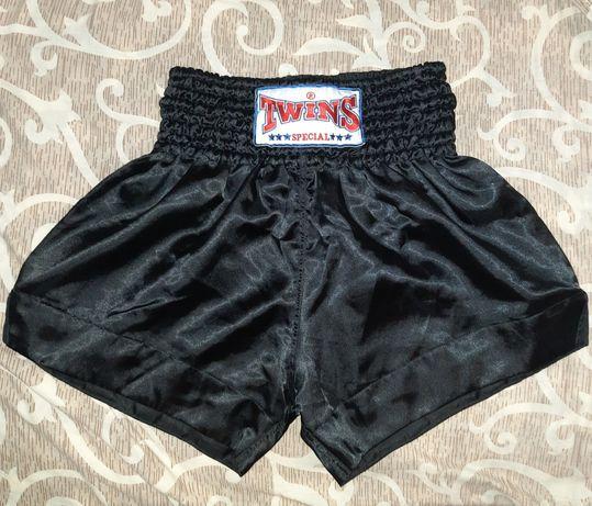 Тайские шорты TWINS