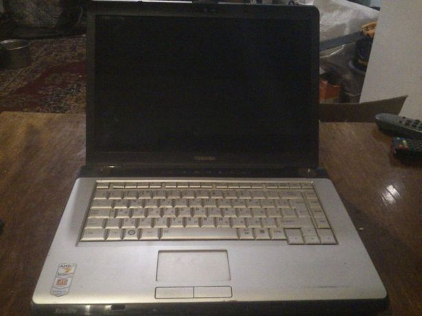 Ноутбук toshiba a210-19d. 1000 руб.