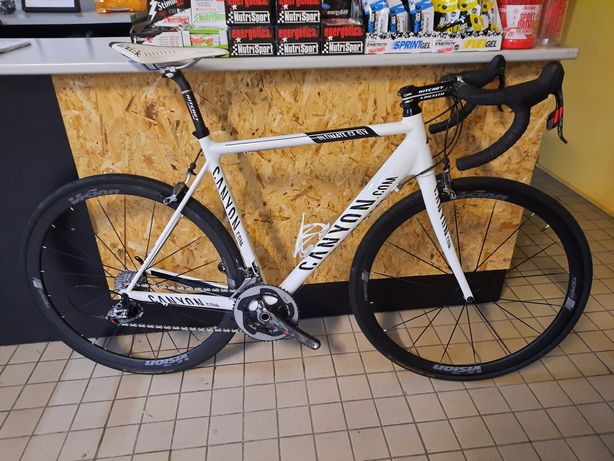 Canyon carbono L sram red 11x2v