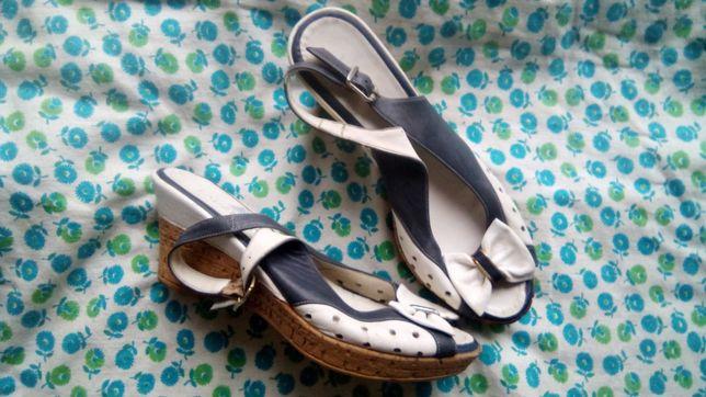 Обувь для девушки
