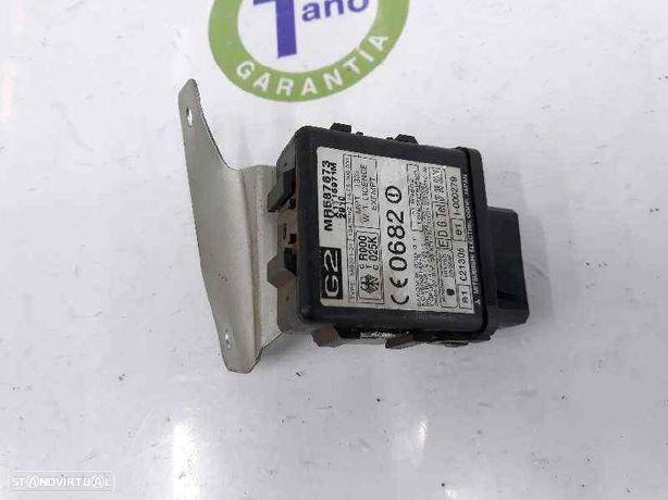 MR587673 Módulo eletrónico MITSUBISHI PAJERO III (V7_W, V6_W) 3.2 Di-D 4M41