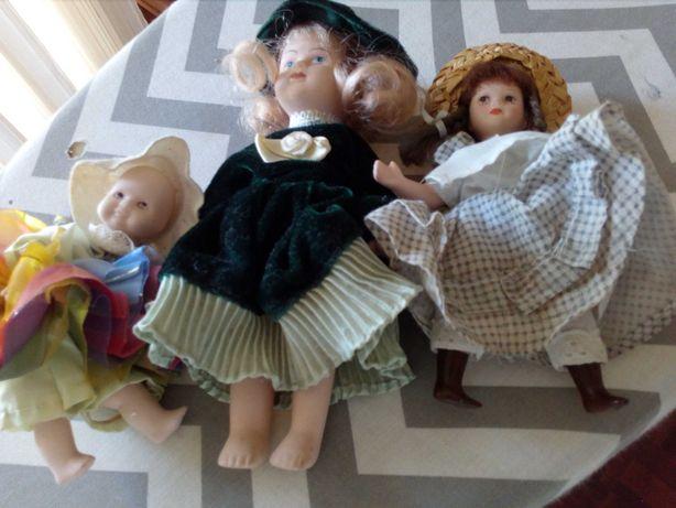 Bonecos de louça